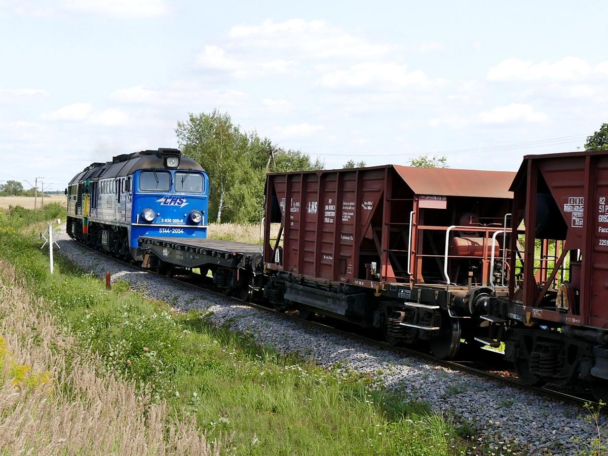 st44-2054.JPG