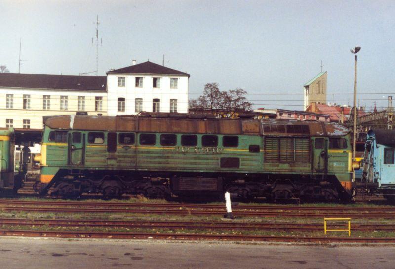 ST44-444 Rybnik 04.1999.jpg
