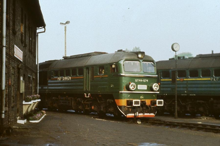 ST44023a.jpg