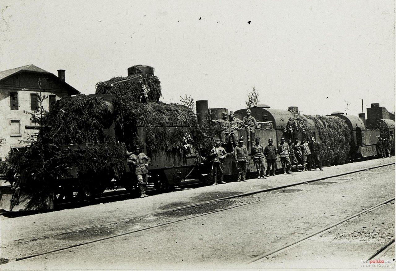 Stryl Pociąg pancerny 1917.jpg