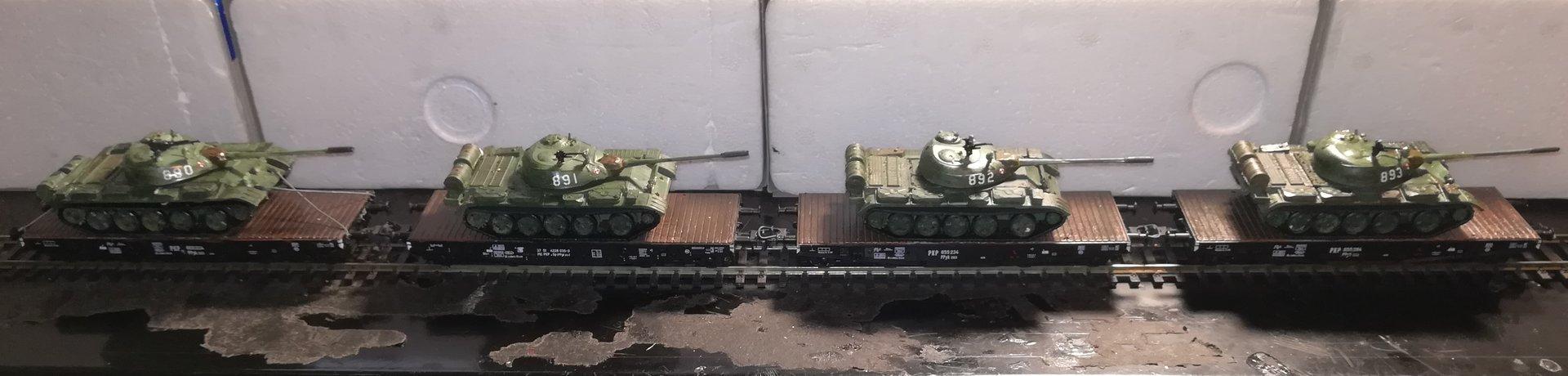 t-55_eszelon_4 wagony.jpg
