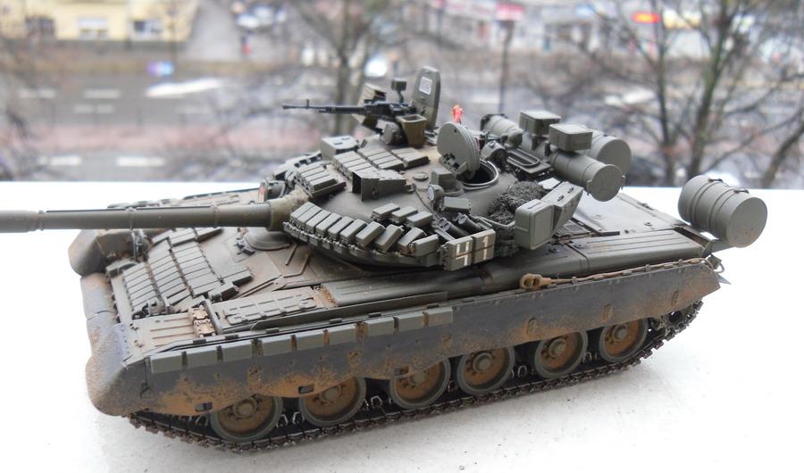 t-80bv 1 (1).jpg