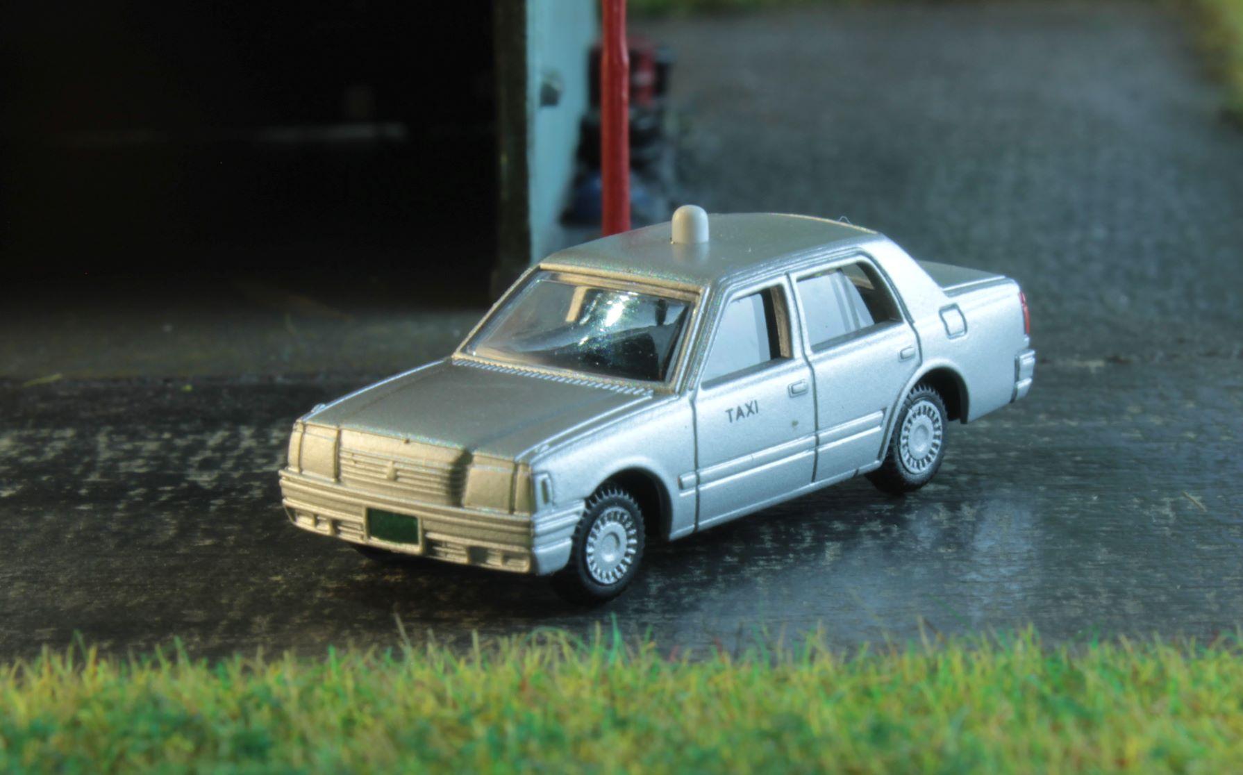 Taxi Nissan 1 .JPG