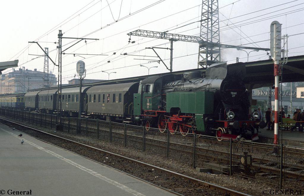 TKt48 -27 Kraków Główny1984006.jpg