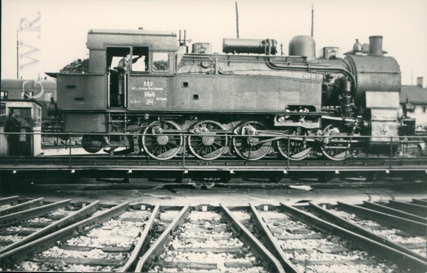 TKw 1-2 Dz, 1939.jpg
