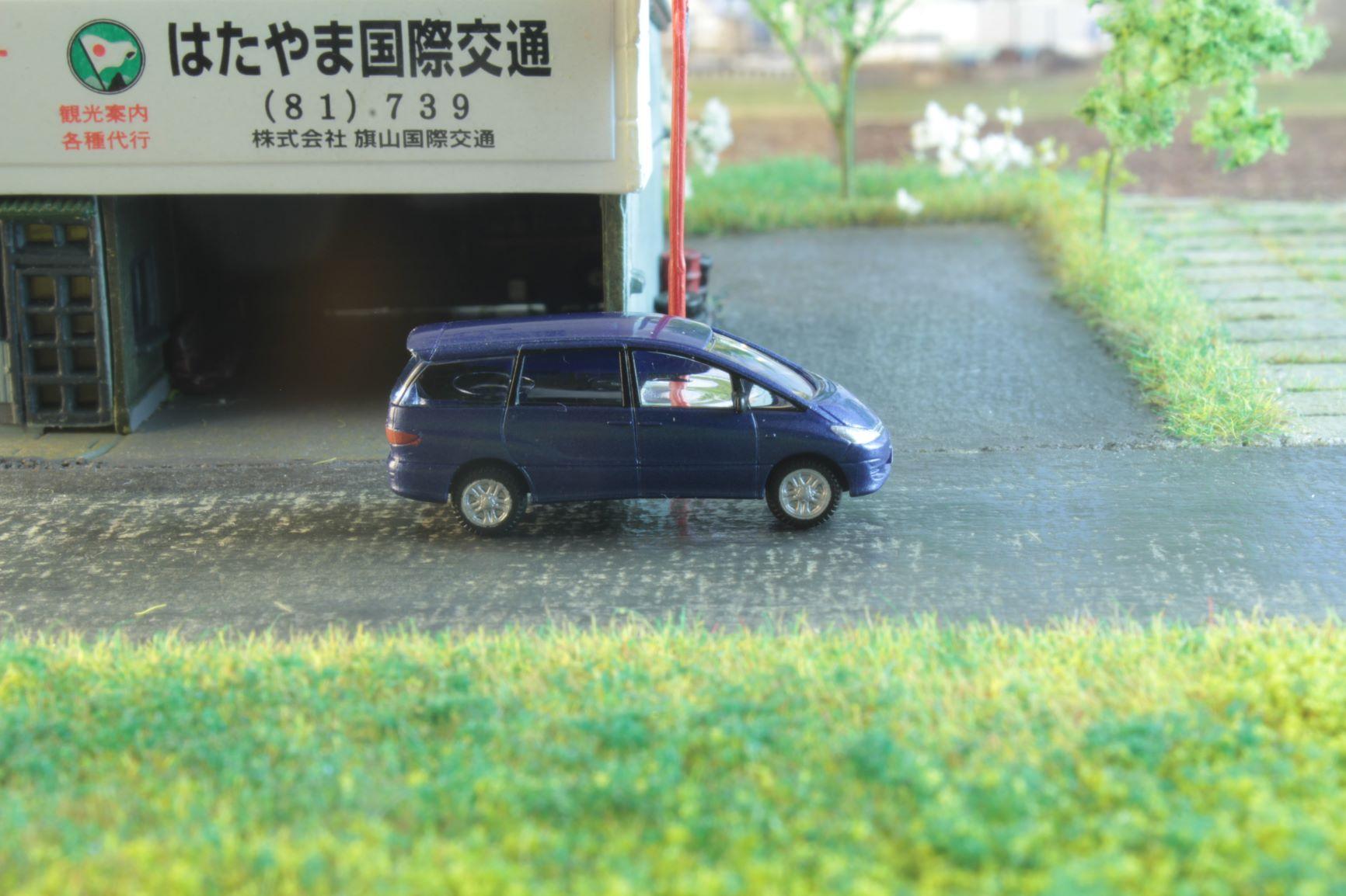 Toyota Previa 2 .JPG