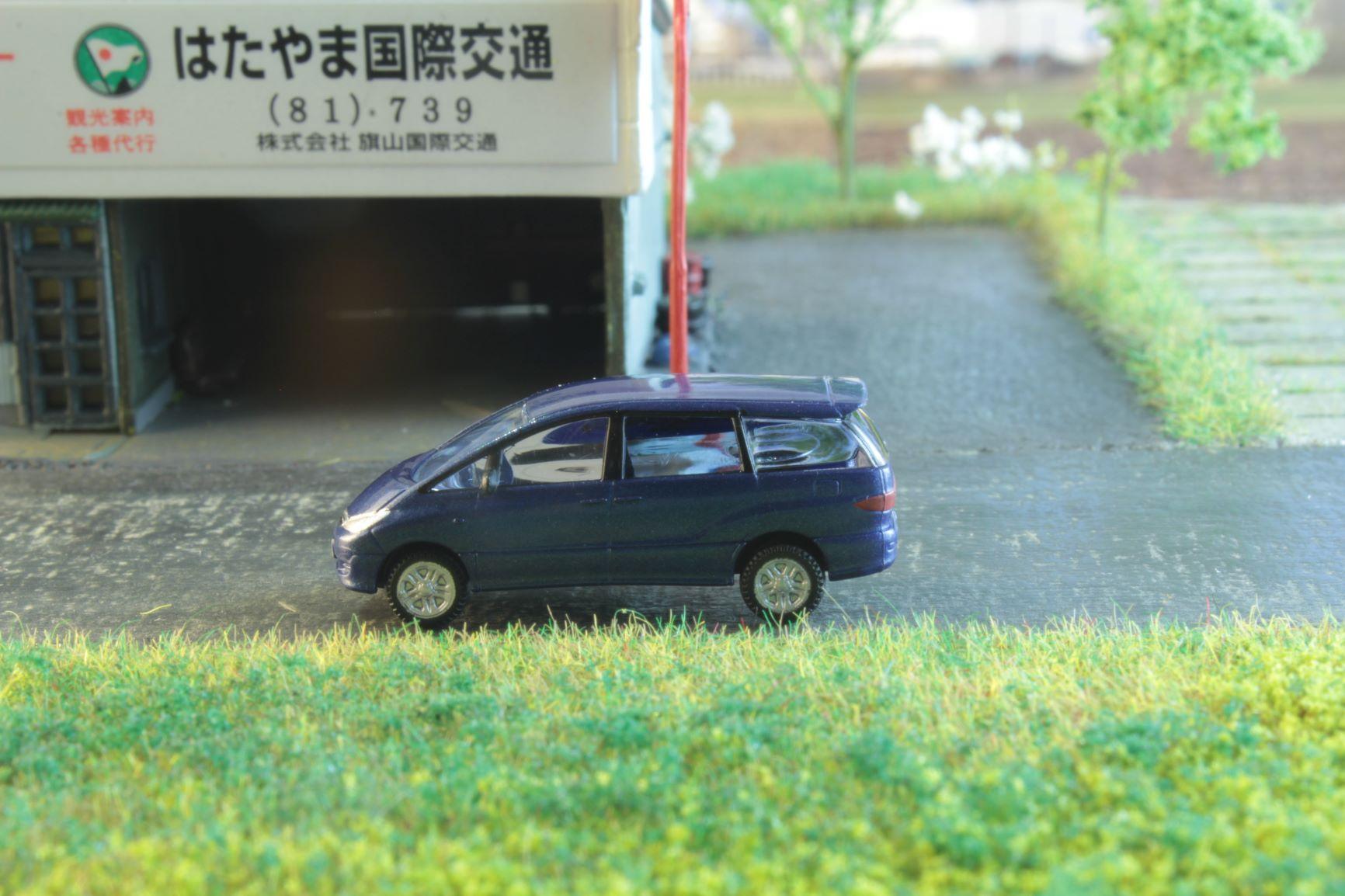 Toyota Previa .JPG