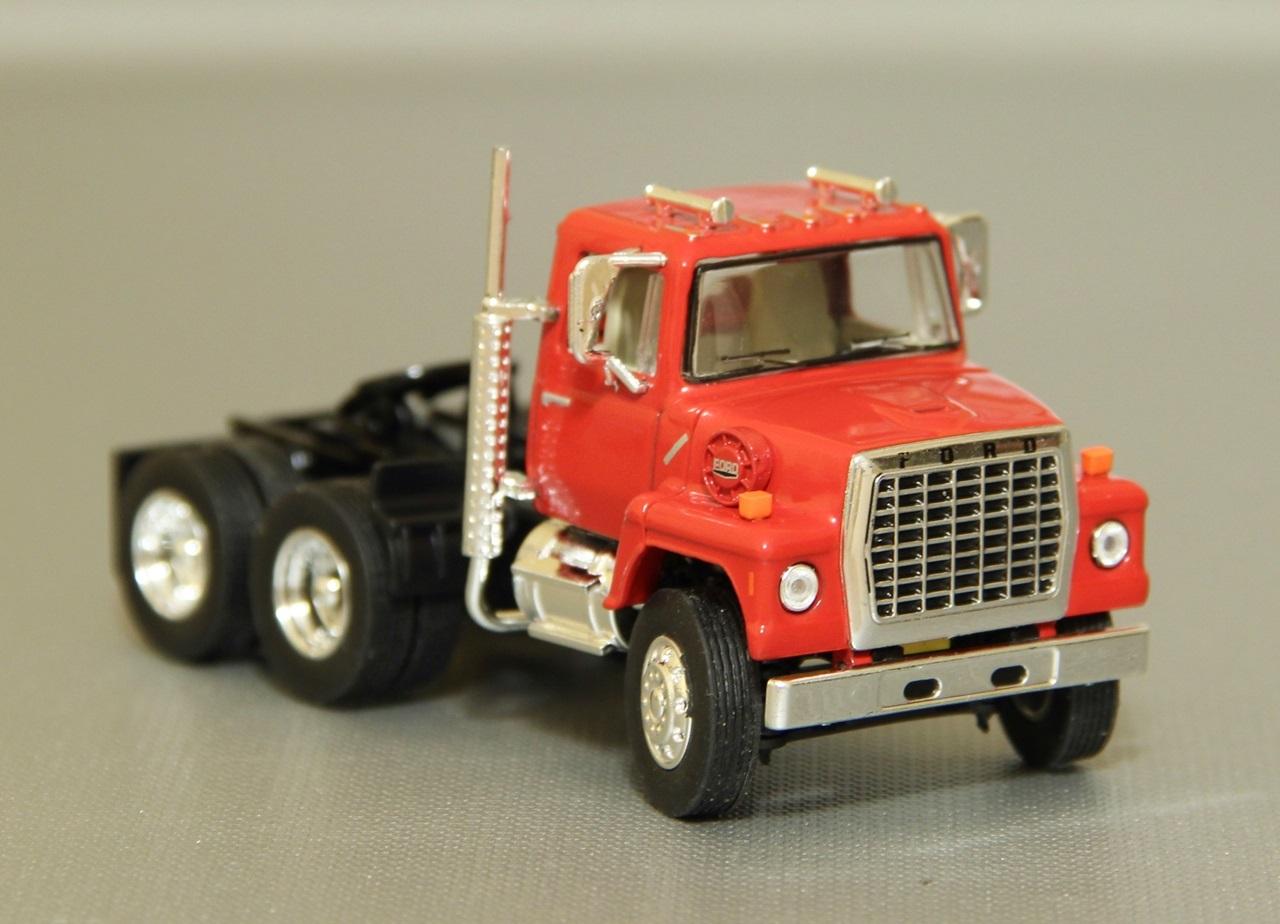 TSR-Ford-L9000-02.JPG