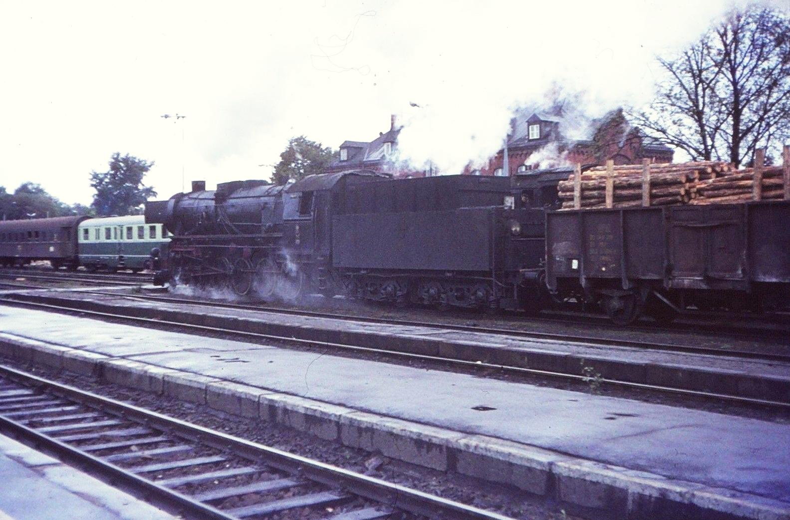 Ty2-658 Toruń c.1970.jpg