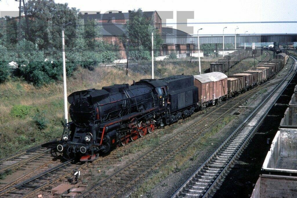 Ty51 214 1975.jpg