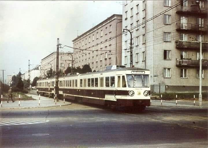 Ul.Szczęśliwicka w latach '70 w XX wieku.jpg