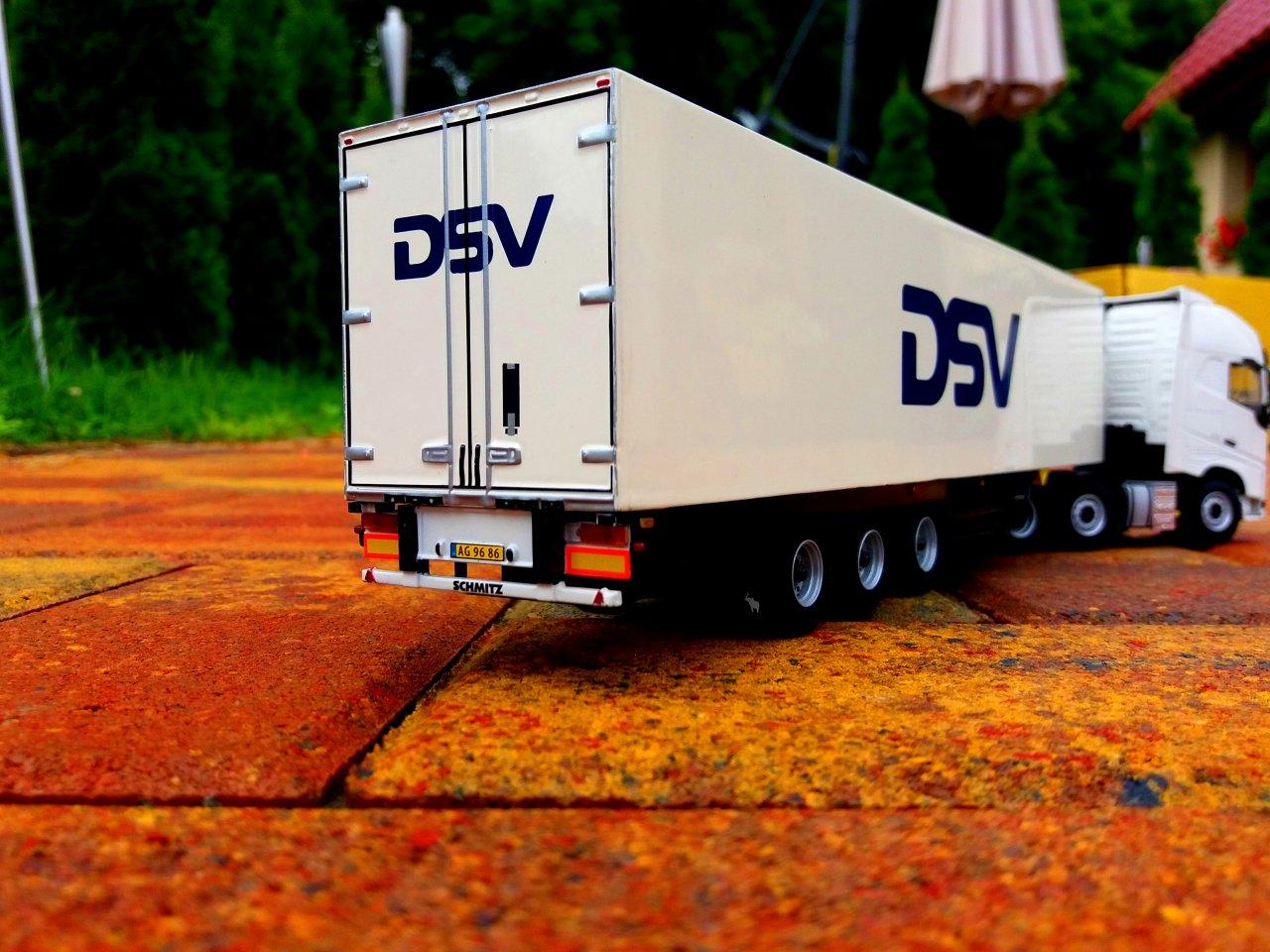 VOLVO DSV 3.jpg