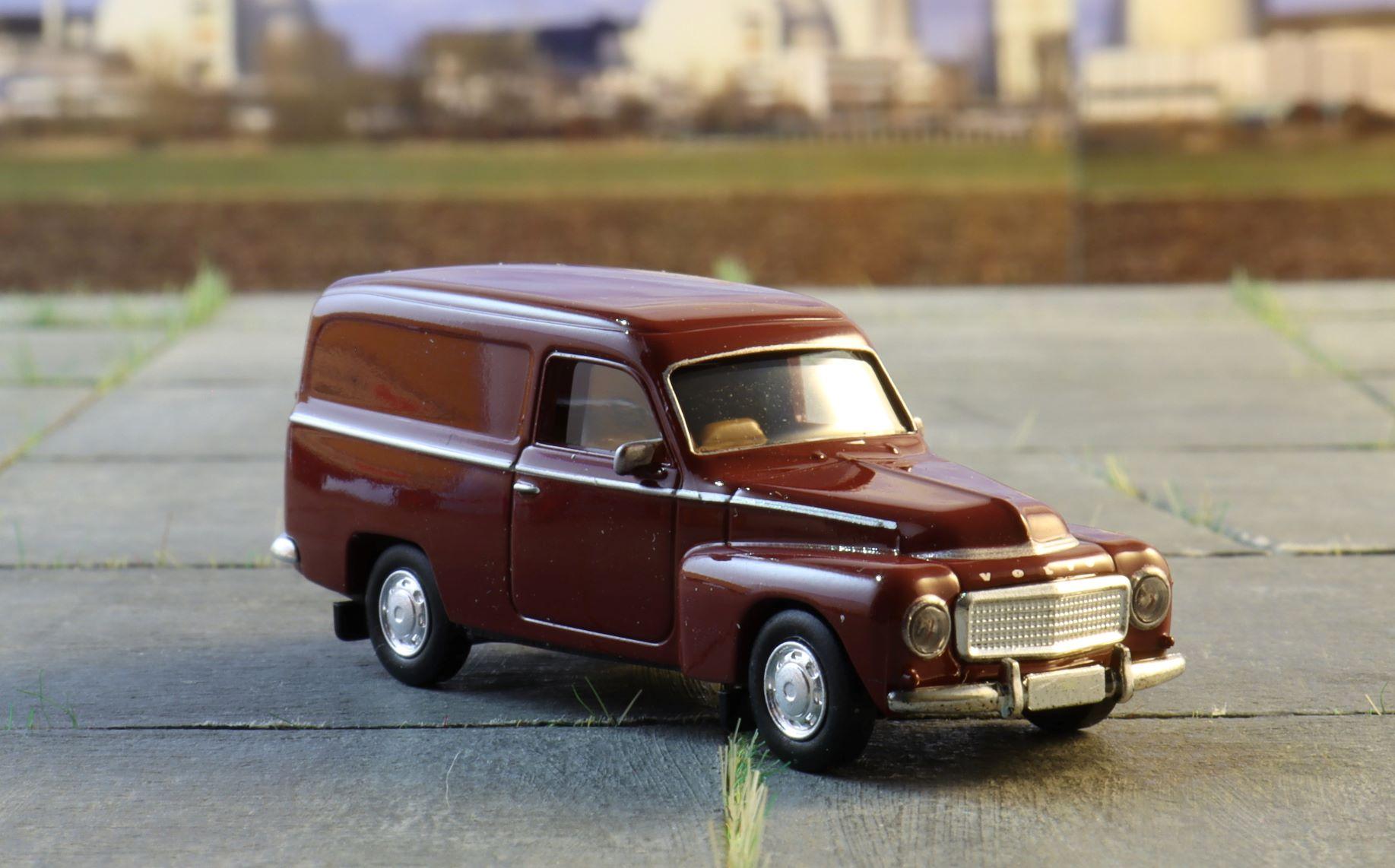 Volvo Duett Brekina 3 .JPG