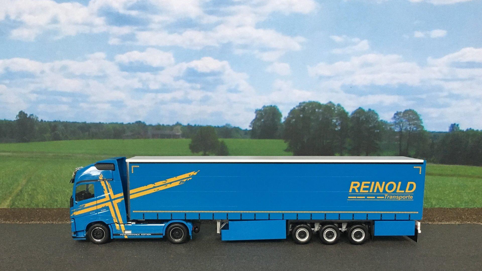 Volvo FH Reinold 001.jpg
