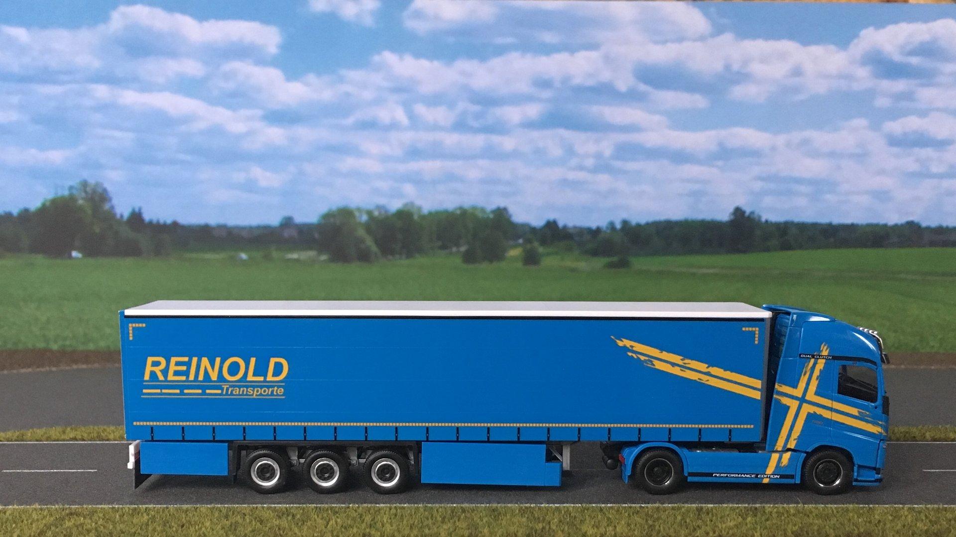 Volvo FH Reinold 006.jpg