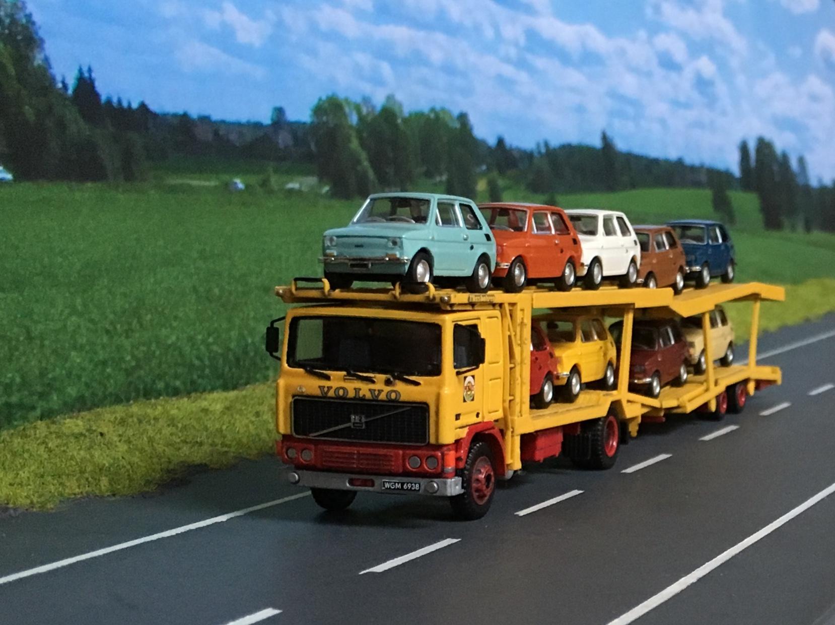 Volvo PEKAES Lohr -02.jpg