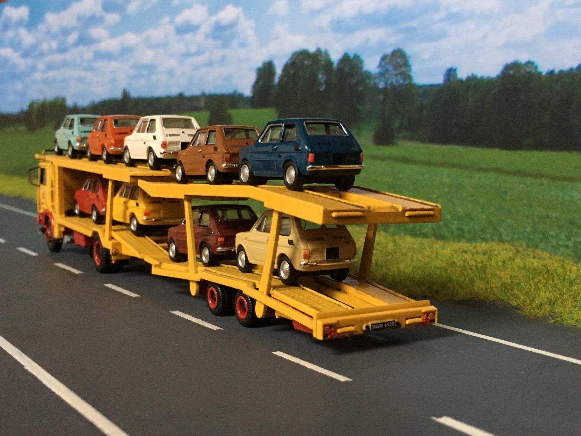 Volvo PEKAES Lohr -03.jpg