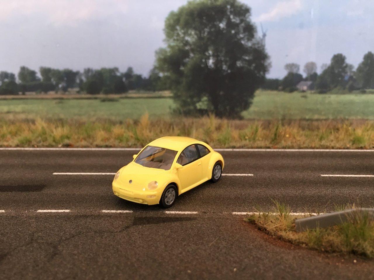 VW Beetle 002.jpg