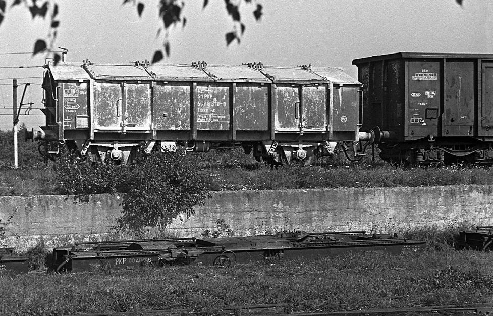 Wapniarka serii Tikkm-x. Piaseczno Przeładunkowe. 22.09.1991.jpg