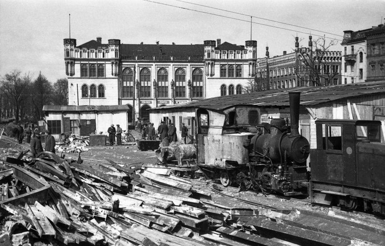 Wrocław Plac Wolności 1955.jpg