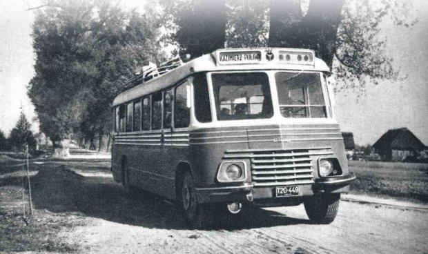 z10599417Q,W-czasach-PRL-u-bez-PKS-u-zyc-sie-nie-dalo--Autobusem.jpg