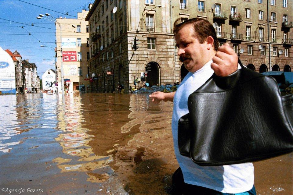 z17108545V,Dokladnie-12-lipca-1997-roku-wielka-woda-wplynela-.jpg