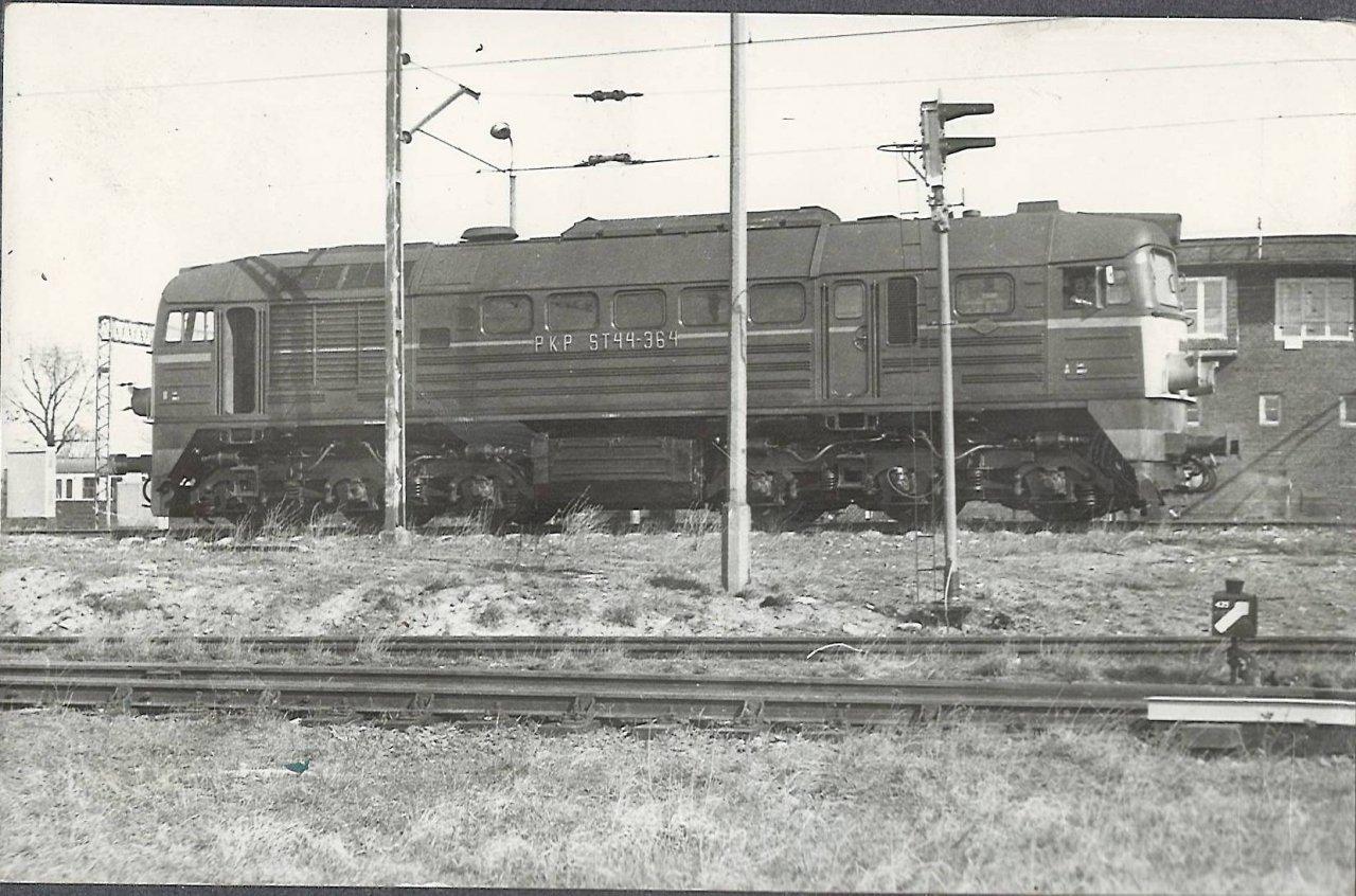 Zajączkowo Tczewskie ZTB 1988 manewry ST44.JPG