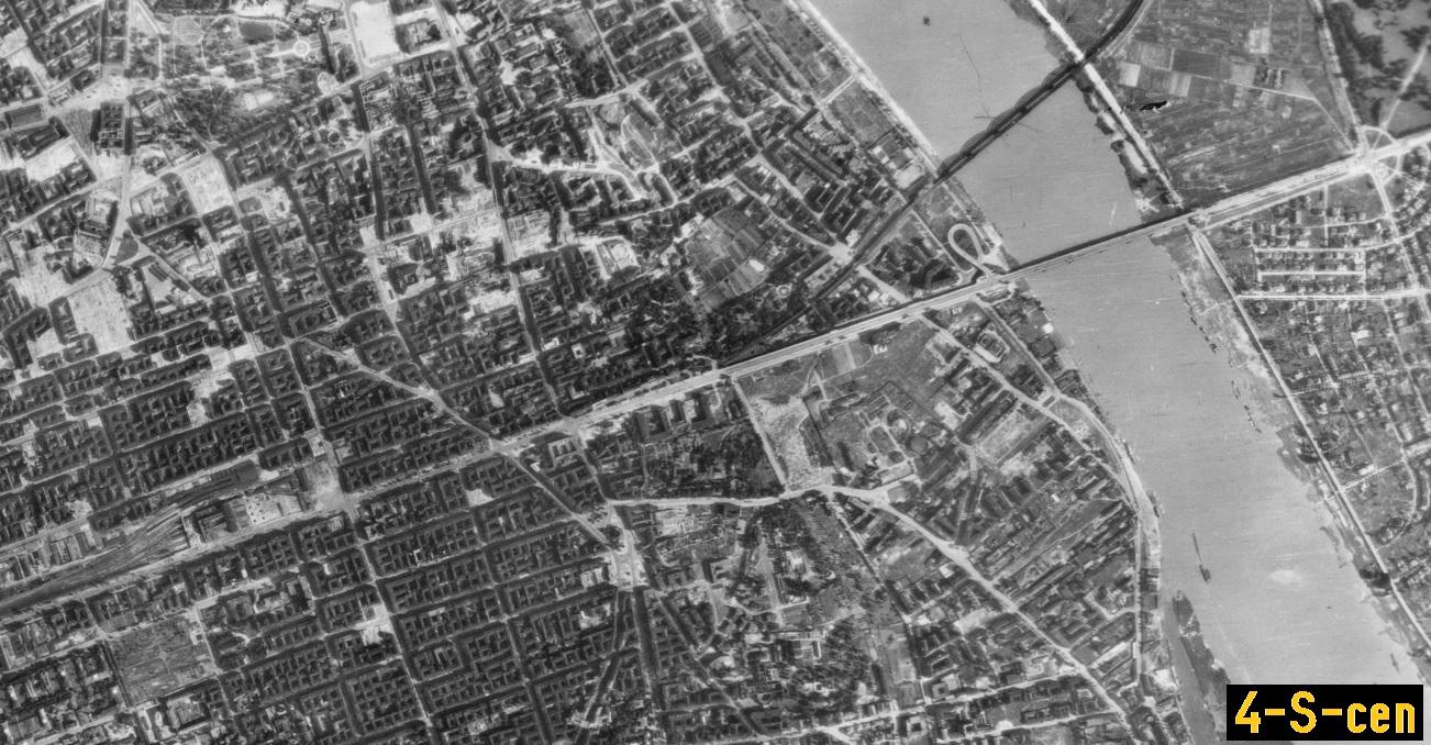Zdjęcie lotnicze Luftwaffe - Warszawa 1944 (4-S-cen).jpg