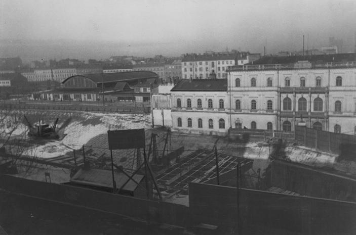 5. Budowa Dworca Głównego w Warszawie. Luty 1933.jpg